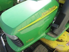 Lawn Mower For Sale 2004 John Deere LT190 , 18 HP