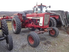 Tractor For Sale 1966 Farmall 656 , 63 HP