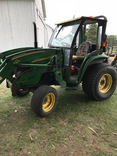 Tractor For Sale 2004 John Deere 4120 , 43 HP