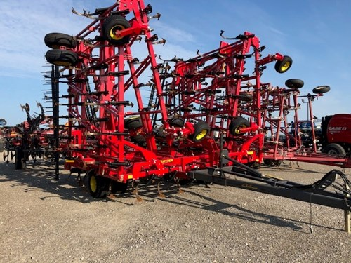 Field Cultivator For Sale:  2019 Sunflower 5056