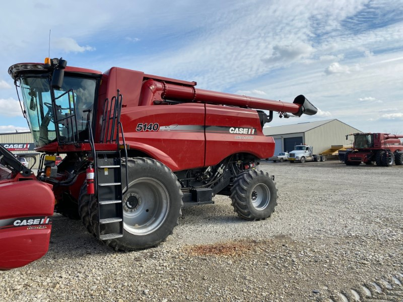 2016 Case IH 5140 Combine For Sale