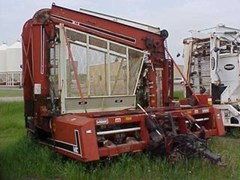 Sugar Beet Harvesters-Pull Type For Sale 1989 WIC W826c