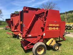 Baler-Round For Sale New Holland 644