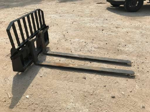 Other New HD 5 & 6 foot skid steer pallet forks  Forklift Attachment For Sale
