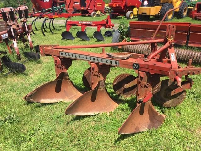 Massey Ferguson 82 Plow-Moldboard For Sale