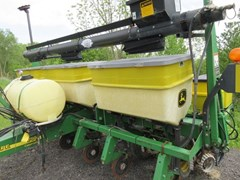 Planter For Sale 2002 John Deere 1750