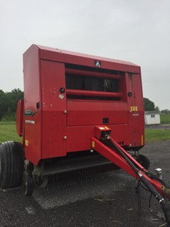 Baler-Round For Sale 2010 Agco Hesston 2856A