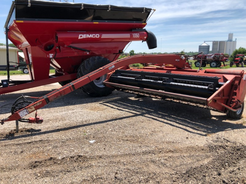 1993 Case IH 8370 Windrower-Pull Type For Sale