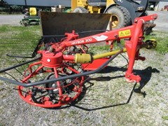 Tedder For Sale 2011 Kuhn haybob