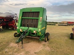 Baler-Round For Sale 2006 John Deere 567