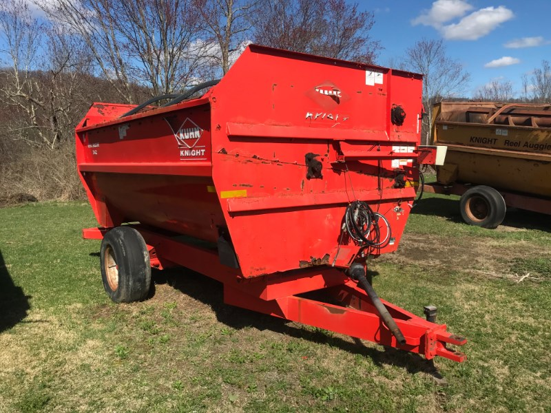 Kuhn Knight 3142 TMR Mixer For Sale