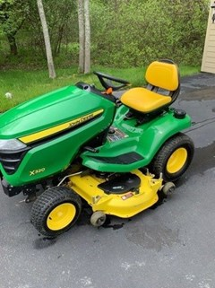 Lawn Mower For Sale 2014 John Deere X320 , 22 HP