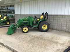 Tractor For Sale 2002 John Deere 4210 , 28 HP
