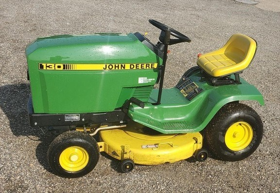 1988 John Deere 130 Riding Mower For Sale