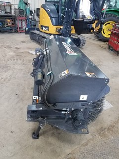 Sweeper For Sale 2018 Sweepster QC32M7