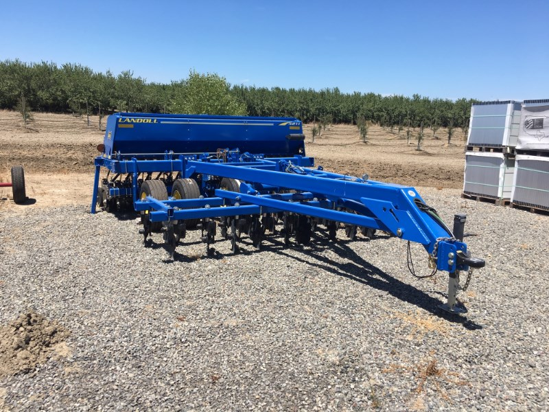 2016 Landoll 5211-12.5X7.5 Grain Drill For Sale