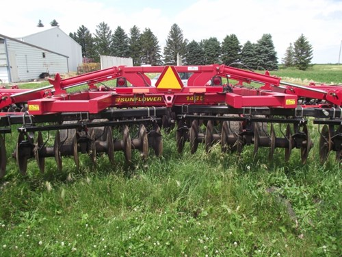 Disk Harrow For Sale:  2008 Sunflower 1435-36