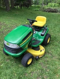 Lawn Mower For Sale 2010 John Deere LA115 , 19 HP