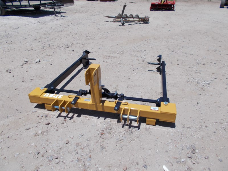 Dirt Dog New Dirt Dog 3pt Bale unroller Bale Squeeze Attachment For Sale