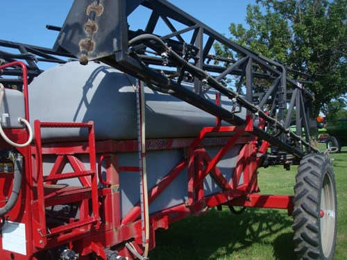 Sprayer-Pull Type For Sale:  2002 Redball 670