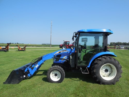 Tractor For Sale:  2007 New Holland 2320