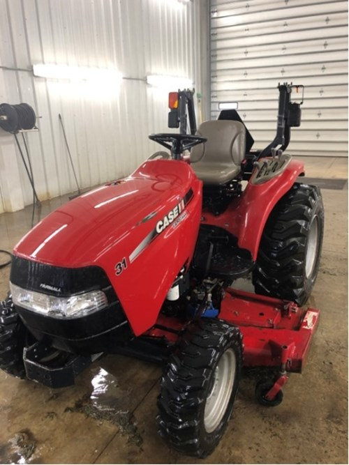 Tractor For Sale:  2007 Case IH FARMALL 31