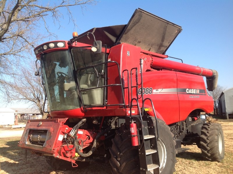 2008 Case IH 6088 Combine For Sale