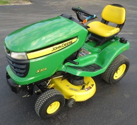 2008 John Deere X304 Riding Mower For Sale