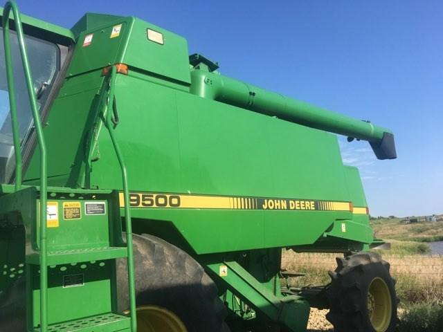 1989 John Deere 9500 4wd Combine For Sale
