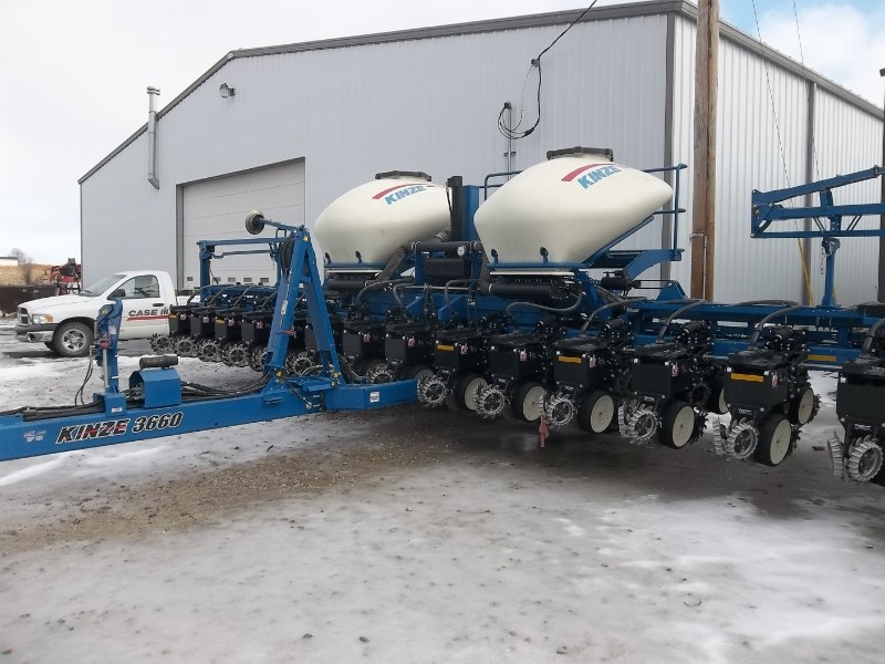 2013 Kinze 3660-16/31RN Planter For Sale