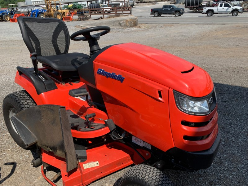 2018 Simplicity BROADMOOR Tractor - Compact For Sale