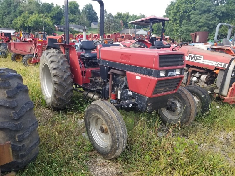 1989 Case IH 485 Tractor For Sale