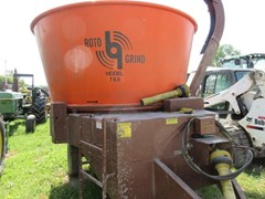 Tub Grinder - Feed/Hay For Sale 2012 Rotogrind 760