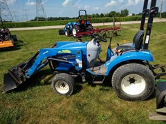 Tractor For Sale 2012 New Holland Boomer 25 , 25 HP