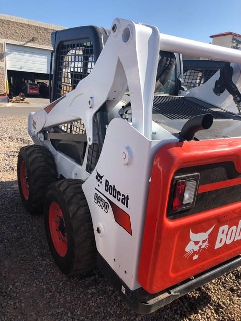 Bobcat S570 T4 Skid Steer