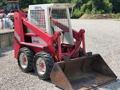 Skid Steer For Sale 1987 Gehl 3410 , 23 HP