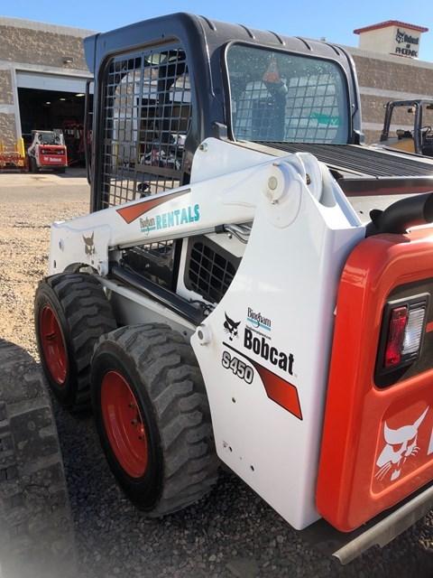 Bobcat S450 T4 Skid Steer