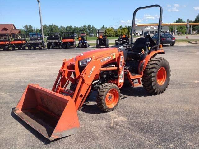 2014 Kubota B2650HSD Tractor For Sale