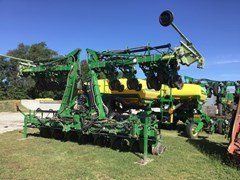 Planter For Sale 2014 John Deere 1720 CCS