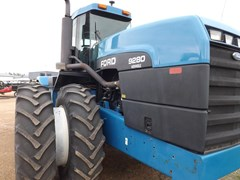 Tractor For Sale 1994 Versatile 9280