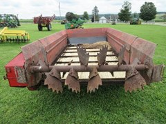 Manure Spreader-Dry/Pull Type For Sale 1995 New Holland 514