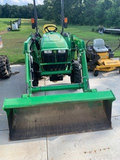 Tractor For Sale 2017 John Deere 3032E , 32 HP