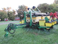 Planter For Sale 1999 John Deere 1770