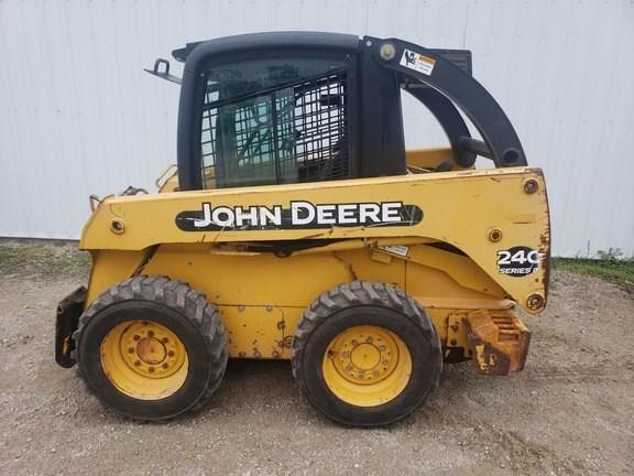 2004 John Deere 240-II Skid Steer For Sale
