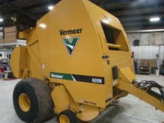 Baler-Round For Sale 2015 Vermeer 605N
