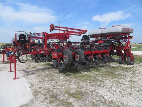 Planter For Sale:  2012 Case IH 1250