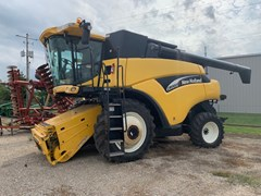 Combine For Sale 2006 New Holland CR960