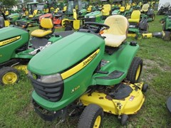 Lawn Mower For Sale 2010 John Deere X324 , 22 HP