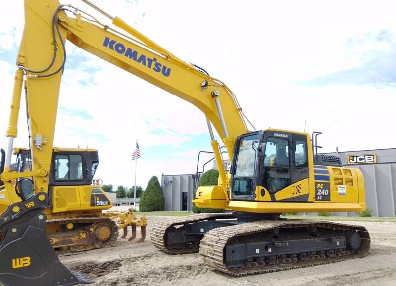 2019 Komatsu PC240LC-11 Excavator For Sale