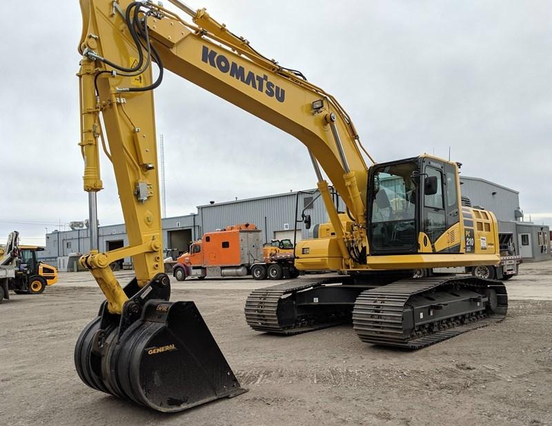 2019 Komatsu PC210LCI-11 Excavator For Sale
